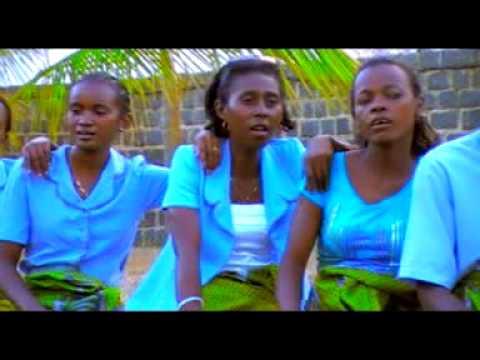 Tanambao DS - Fitia Mandra maty(Gasy Malagasy 2015)by DEBLOK PROD