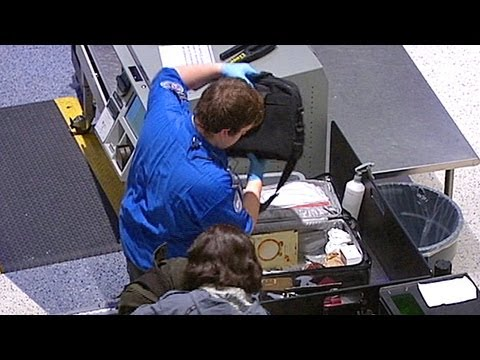 TSA Airport Security Breaches: Two Loaded Guns Sneak Past Check Point, Agent Caught With Stolen iPad