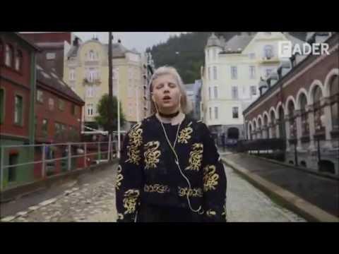 Aurora Aksnes - Murder Song
