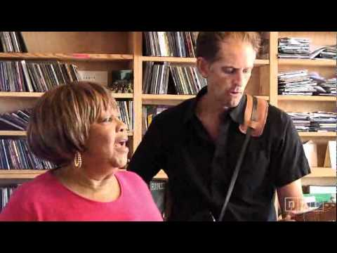 Mavis Staples - Only the lord knows, You're not Alone, I'll Take You There [Live]