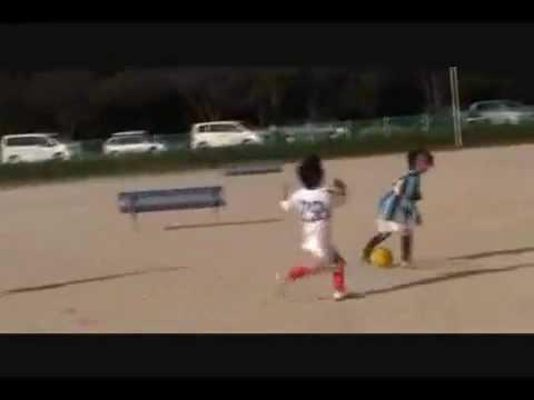 Amazing Soccer skills Japanese kid (7 years old)nakai takuhiro