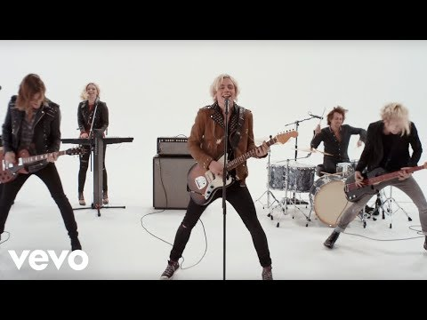 R5 - Lets Not Be Alone Tonight
