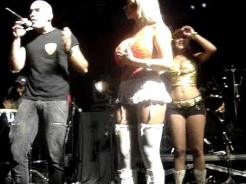 Sabrina Boing show de funk na Pacha SP festa G4 [parte 2] CREUUU