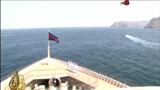 سمو أمير البلاد يقوم بجولة بحرية على متن اليخت السلطاني فلك السلامة في سلطنة عمان