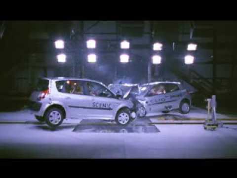 Crash test: Renault Scenic vs Renault Clio !! moto24tv