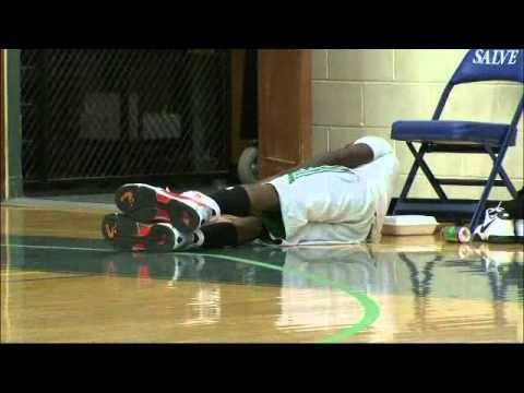 Nate Robinson runs in Shaq's giant shoes -Funny