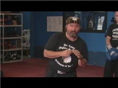 Kickboxing : How to Slip Punches in Kickboxing Image 1