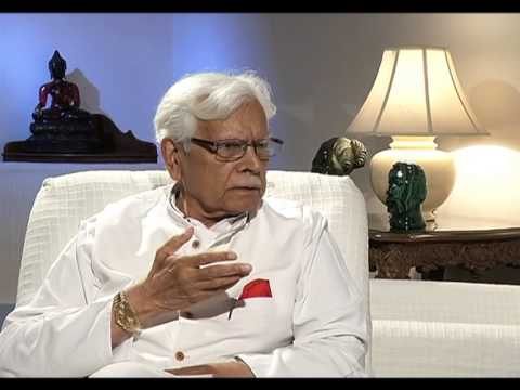 Natwar Singh calls Former PM Manmohan Singh a 'Chamcha' of Sonia Gandhi,