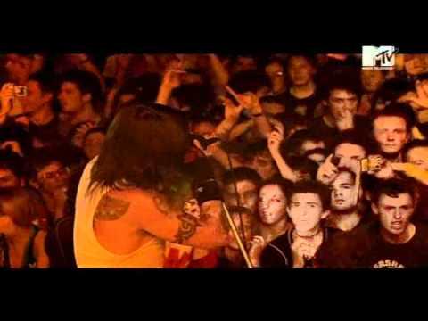 Red Hot Chili Peppers - Dani California Live