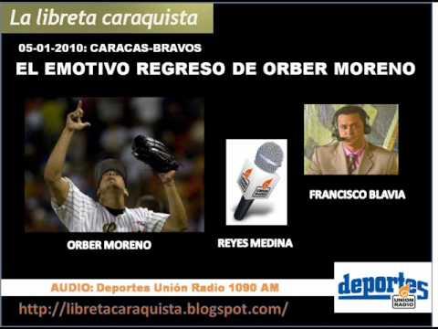 Narración del regreso de Orber Moreno con el equipo, luego del fallecimiento de su madre en un accidente de tránsito. Los fanáticos del Caracas presentes en ...
