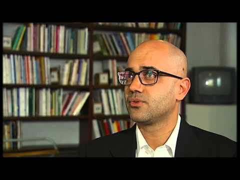 Muslim playwright on Islam identity and America