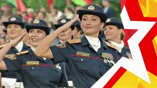 "WOMEN'S TROOPS. Parade in Minsk. Who is ""cooler"" Army or Police?"