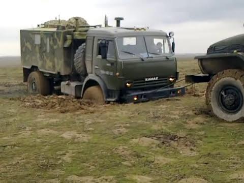 Камаз против троих Урала