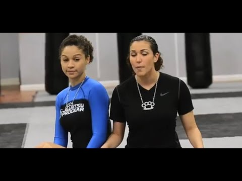 Triangle from closed guard - MMA Candy