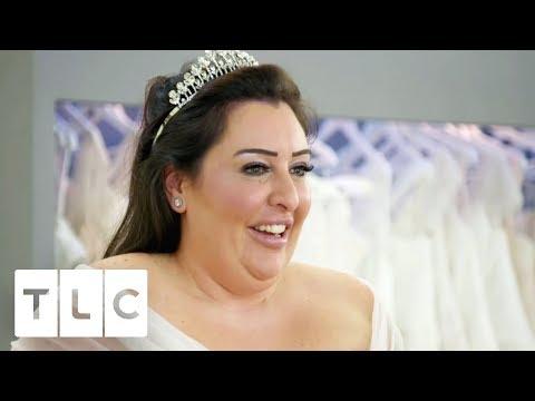 Self Confessed 'Control Freak' Bride Struggles To Choose A Dress | Curvy Brides' Boutique