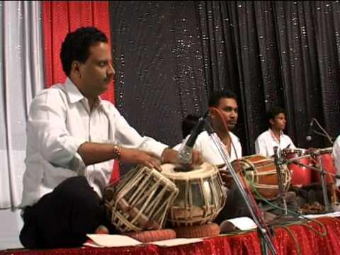 Jis Gali Mein Tera Ghar na ho balma - Film - Kati Patang ( Mukesh...