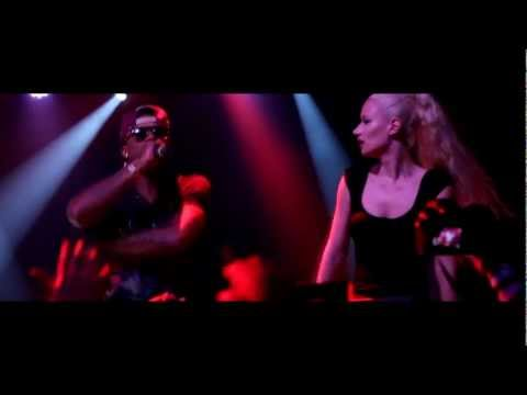 Iggy Azalea Brings Out T.I. & B.o.B. In Atlanta!