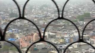 view from jama masjid minar.avi