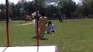 Hillarious Bengali Dance to the song Ammajaan!!