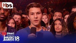 Big Sean & Parkland High School Shooting Survivor Alex Moscou: 2018 iHeartRadio Music Awards | TBS