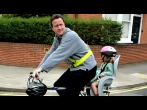 U.K. Prime Minister Forgets Young Daughter in Pub: David Cameron Realizes 2 Miles Down Road