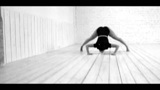 Contemporary Dance (choreography by Rita Bololtina)
