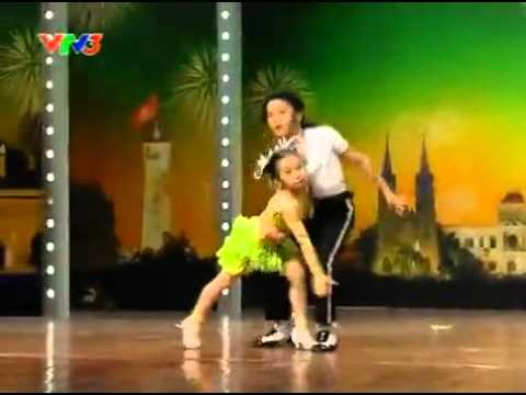 Vietnam's Got Talent - 2 bé nhảy Michael Jackson, Dance Sport