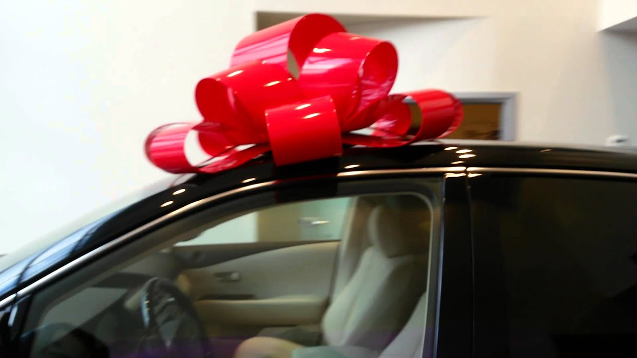 Как сделать подарочный бант на машину своими руками 30