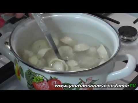 Как варить пельмени в кастрюле - видео
