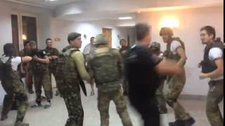 Ukrainian soldiers having fun (moshing)