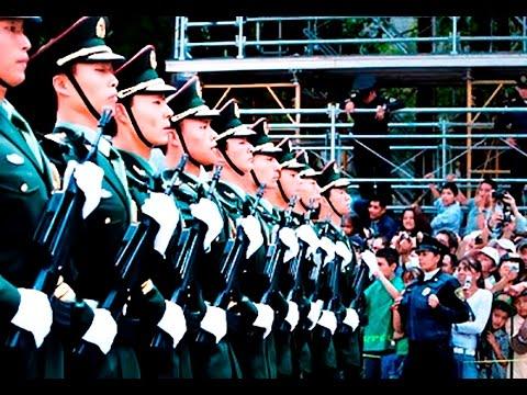16 de Septiembre 2013: Delegación extranjera en el desfile militar