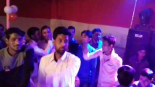 popping gHAYL in marrage party
