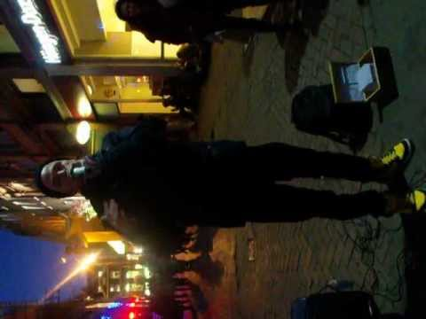 Dave Crowe dubstep beatbox performer in London.