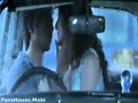 Anushka sharma kiss shahid kapoor hot sence 2013 Dvds Mp4 Hd (www Ajeet Mobi Masti In) video