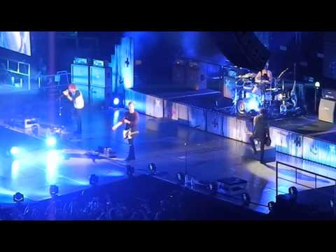 Wrapped Around Your Finger - 5 Seconds of Summer - The Forum - 11/16/14