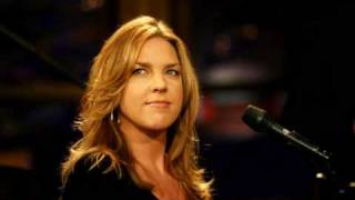 Watch Diana Krall Is You Is Or Is You Aint My Baby video