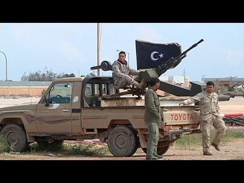 Rocket hits tank at Libyan oil port Es Sider