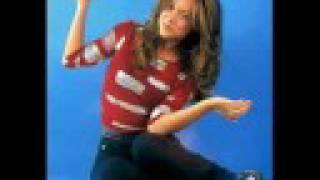 Watch Fey Bailando Sola video