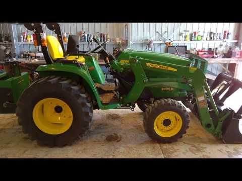 John Deere 3036e Compact Tractor - Part 1 Review and Mods
