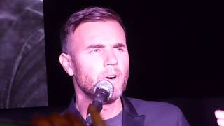 "Gary Barlow sings ""Let Me Go"" @ HMV Album Signing Oxford Street 25/11/13"