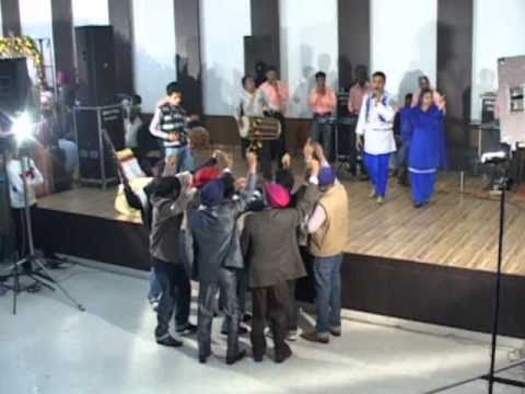 Gali Da Bhua By Surjeet Bhullar New Song2010 video