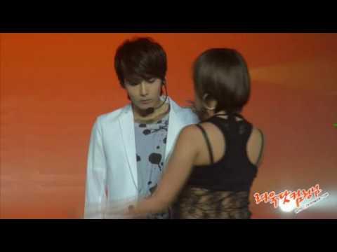 [Hyungnim] 100410 Super Show 2 Manila - Ryeowook's solo Insomnia - Straight ver