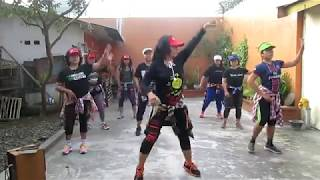 viral! Zumba goyang 2 jari with linda,Ambulu krajan