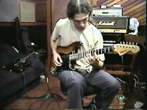 KIKO LOUREIRO: Temple of Shadows guitar recording session