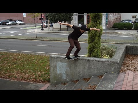 RISKY SWITCH BS TAIL WITH ERIK BILLUPS