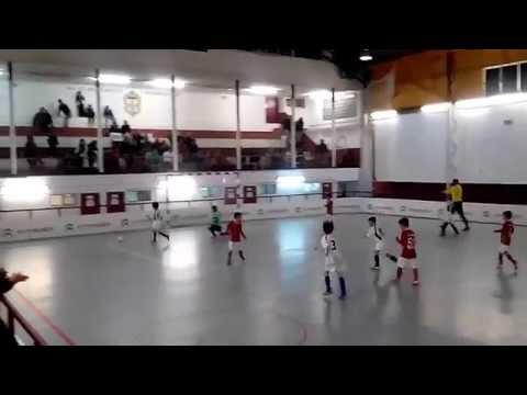 Liga de Alges 3 - 3 Benfica da Charneca da Caparica (2-4 nos penaltis)