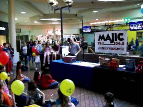 Childrens Day Event at Cranberry Mall 3 29 09