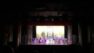 Great Russian Nutcracker Moscow Ballet Party Scene Kids