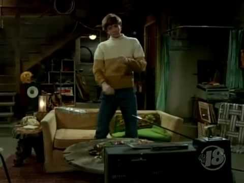 That 70s Show Eric dancing to Lou Rawls