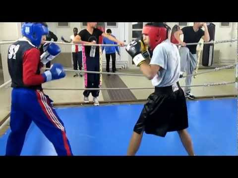 Amateur boxing sparring Image 1